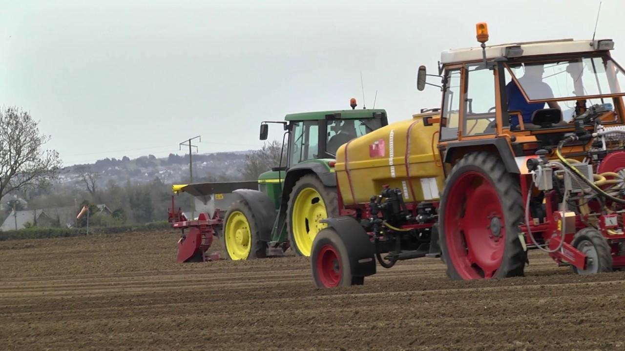 GRASSMEN TV - Country Crest | Onion Planting