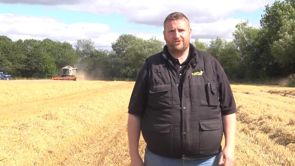 VLOG - On location with A.L.Wilkinson Contract Farming in Oxfordshire